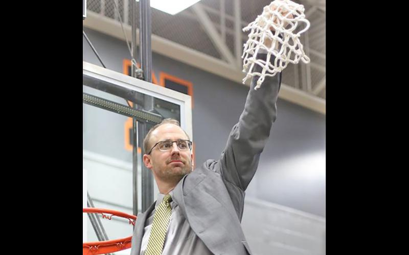 Evans lands in Dahlonega after a six-year stint as the head coach at NCAA Division II Ohio Dominican in Columbus, Ohio where he led his team to 76 wins including a 37-12 mark over the past two seasons